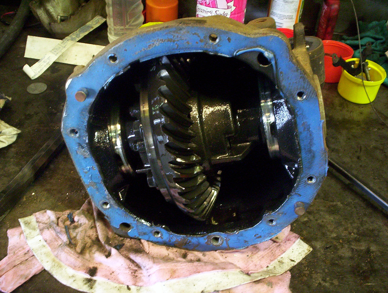 AU XR8 sedan Rear axle assembly 008.jpg