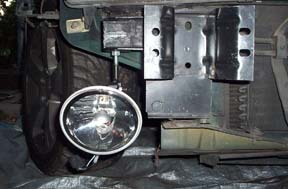 Fog Light Fitted to Right side Bumberbar Mount on Car.JPG