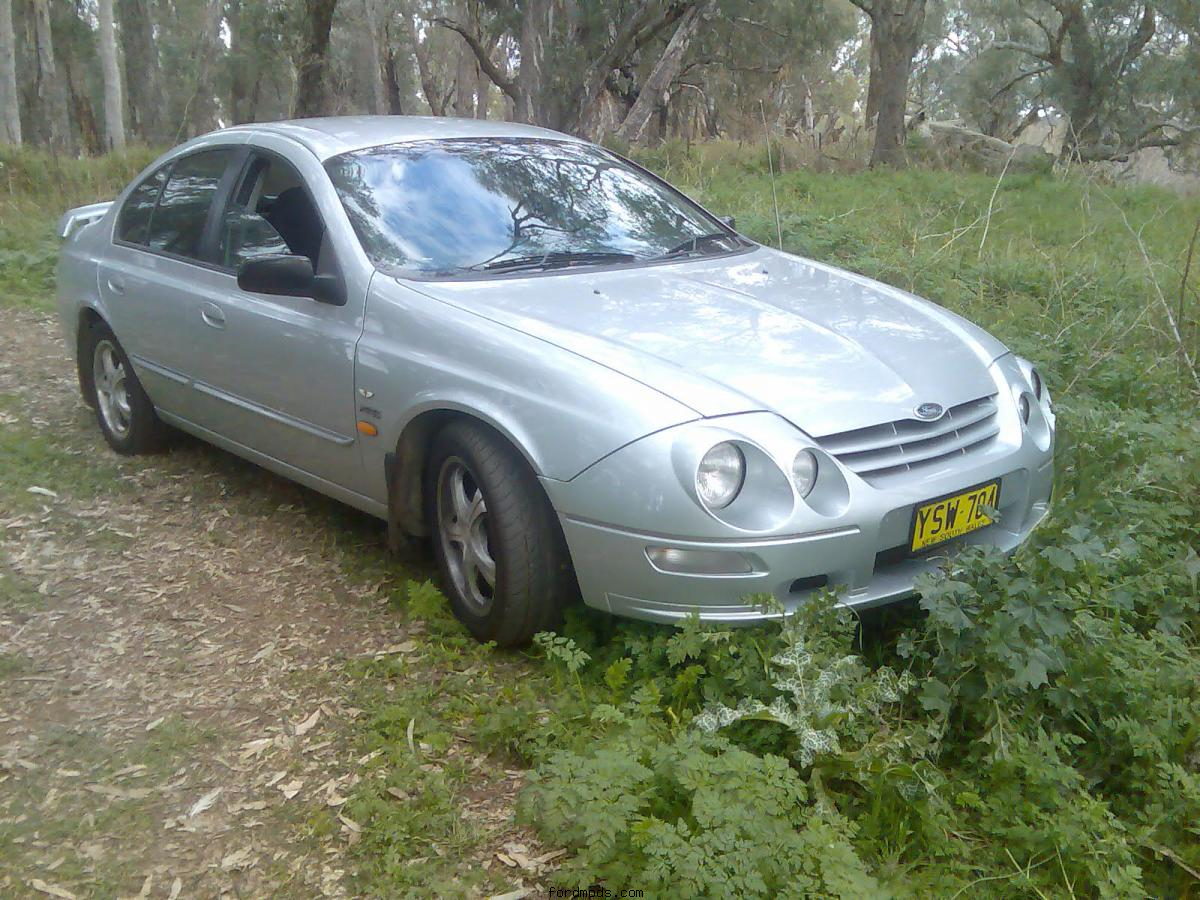 XR6 at the River closer up