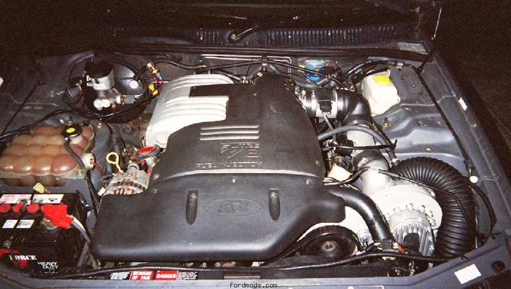 Engine bay w/ Powerdyne Supercharger