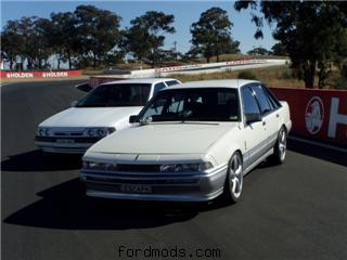 Commodore And Falcon Bathurst