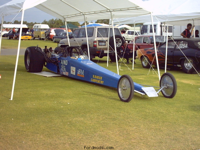 At Kwinana Motorplex 27/12/04