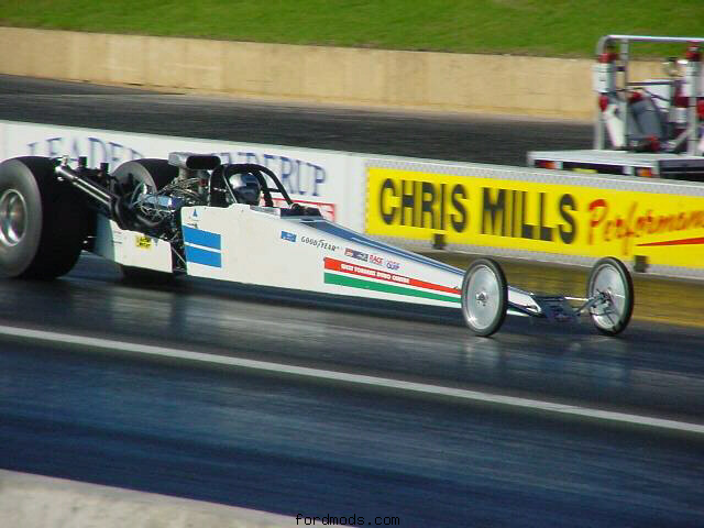 The dragster on a pass at Kwinana